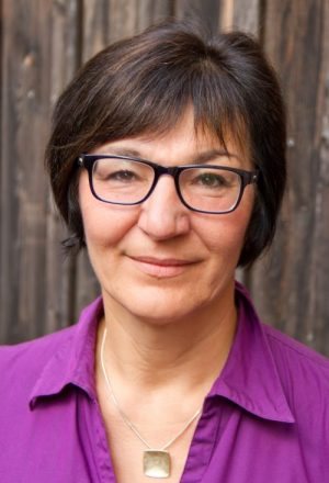 Lisa Nikol-Eryazici 2. Pfarrerin